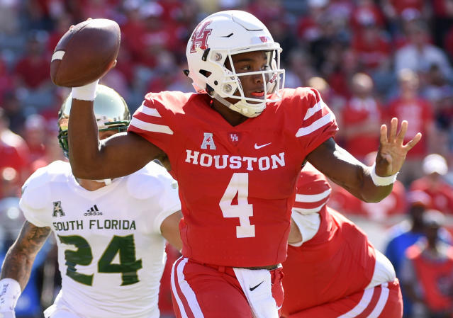 Houston quarterback D'Eriq King (4) looks to pass during the first half of an NCAA college football game against South Florida, Saturday, Oct. 27, 2018, in Houston. (AP)