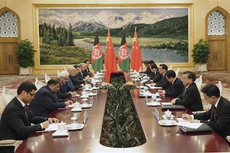 Afghanistan's President Karzai meets with China's Premier Li at the Great Hall of the People in Beijing