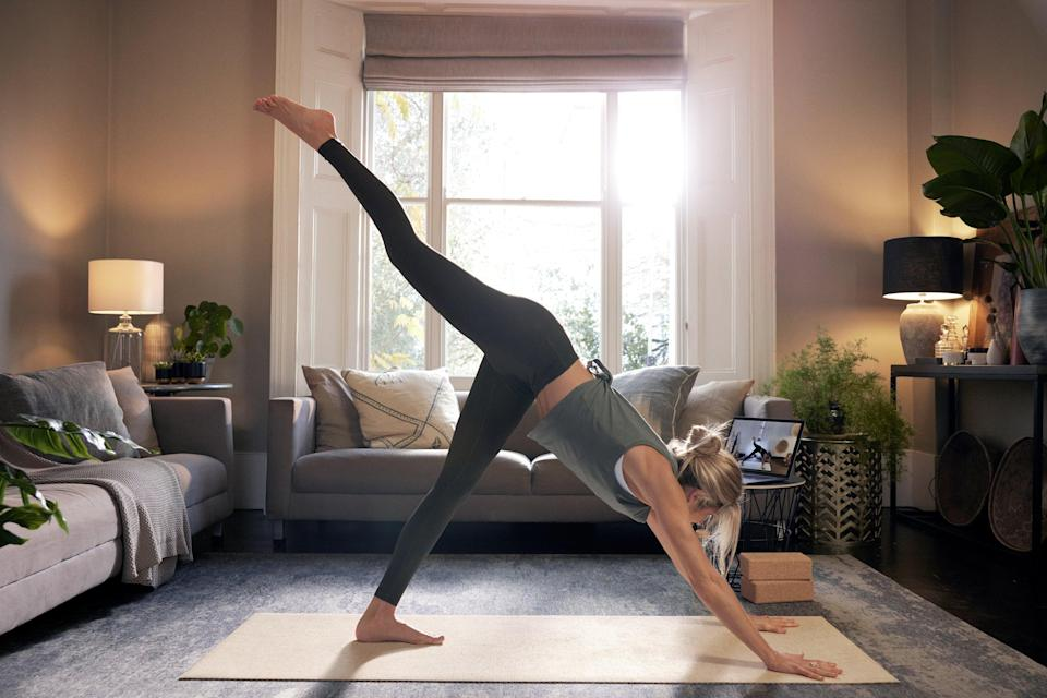 <p>Enjoy Heartcore's dynamic mat pilates from the comfort of your own home.</p> (Heartcore at Home )