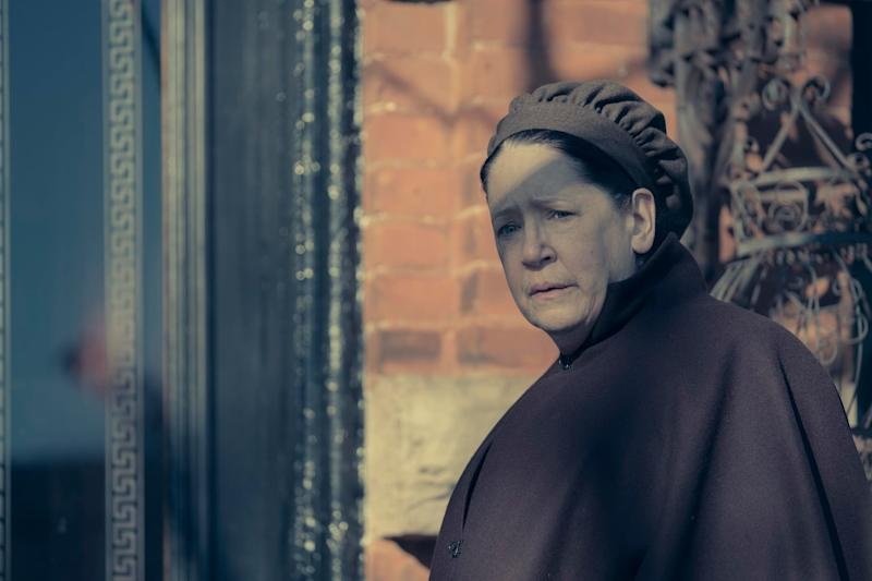 The Handmaid's Tale: Forgot What Happened to Aunt Lydia in
