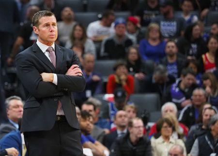 Luke Walton 'clear front-runner' to replace Dave Joerger, if he's available