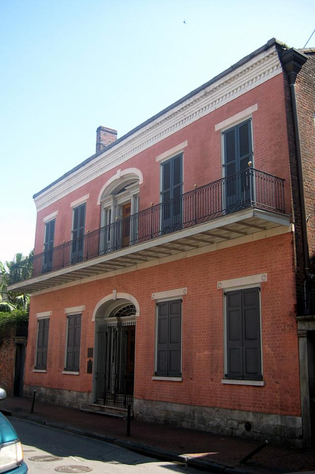 The Hermann-Grima House in New Orleans's French Quarter is said to be alive with pleasant, friendly Southern ghosts. They've been known to scatter scented rose and lavender around the rooms and light the fireplaces to make it cozy. Built in 1831 for prosperous Creoles, it's now a museum and one of the most significant residences in New Orleans. Source: Flickr user wallyg