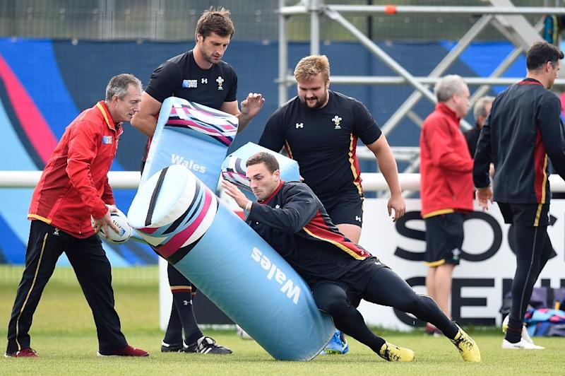 Wales' players take part in a team training session at the London Irish RFC in Weybridge, during the Rugby World Cup, in October 2015 (AFP Photo/Martin Bureau)