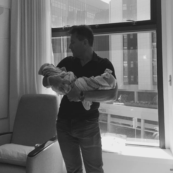 Kym Johnson, Robert Herjavec welcome twins