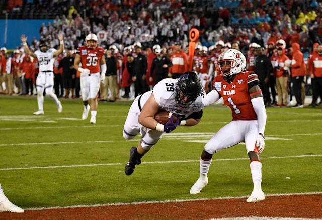 Northwestern beat Utah in the 2018 Holiday Bowl. There will be just one more Big Ten-Pac-12 matchup in the game. (AP Photo/Denis Poroy)