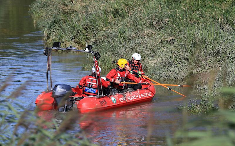 Hundreds of people were involved in the search operation (PA)