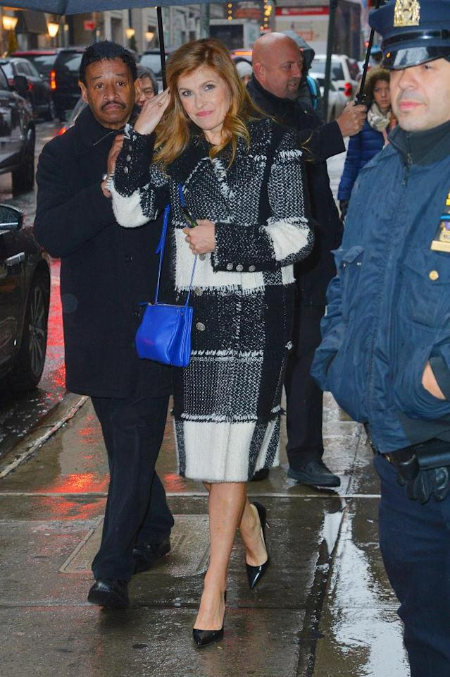 Connie Britton sports her bright Celine bag while out in New York. (Photo: Getty Images)