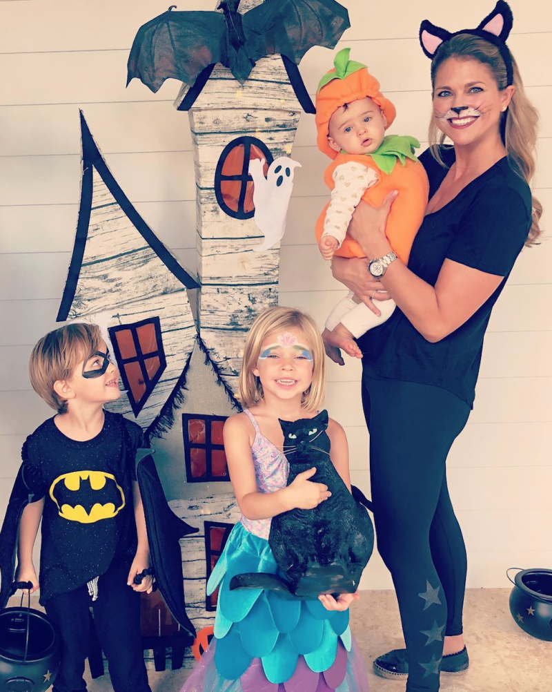 Halloween Costumes For 3 Kids.Sweden S Princess Madeleine Dresses As A Cute Cat To