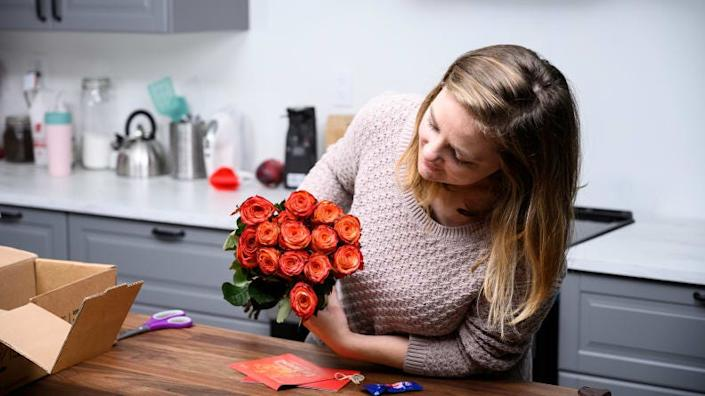 BloomsyBox delivered 13 gorgeous roses in near-perfect condition.