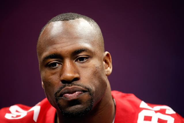 49ers tight end Vernon Davis