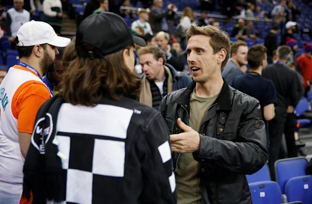 Basketball - NBA - Boston Celtics vs Philadelphia 76ers - O2 Arena, London, Britain - January 11, 2018 Arsenal's Hector Bellerin and Nacho Monreal before the game REUTERS/Matthew Childs