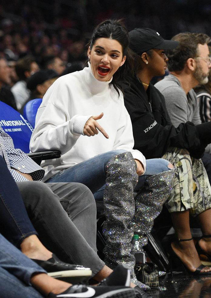 Kendall Jenner Wears 10k Boots To Support Blake Griffin At Clippers
