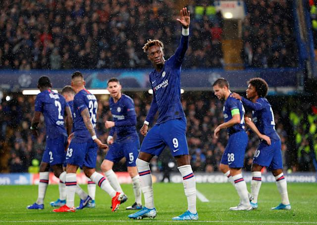 A first-half goal by Tammy Abraham (9) helped Chelsea beat Lille and qualify for knockout stage of the UEFA Champions League. (Reuters/Paul Childs)