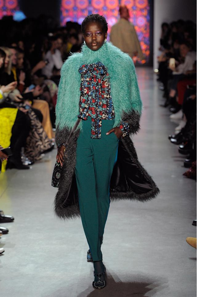 Anna Sui Fall 2018 collection presented during New York Fashion Week on Feb. 12, 2018. (Photo: Getty Images)