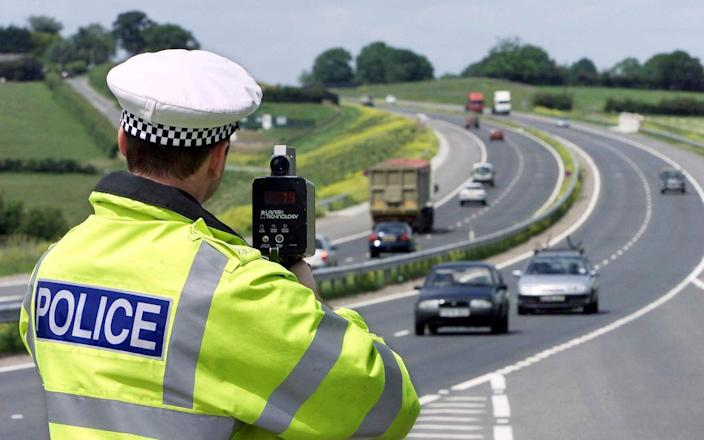 Essex police traffic officer aims speed camera at cars on dual-carriageway
