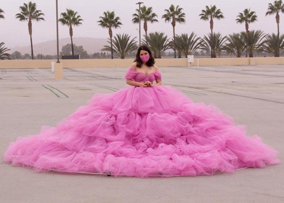 It took the 21-year-old UCLA student two months and more than 270 metres of tulle to complete the dress. ― Picture via Instagram/@crescentshay