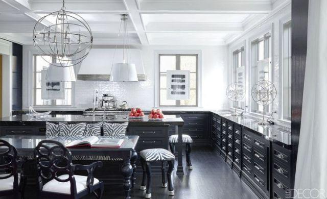 20 black and white kitchens you can 39 t help but stare at for Kitchen ideas elle