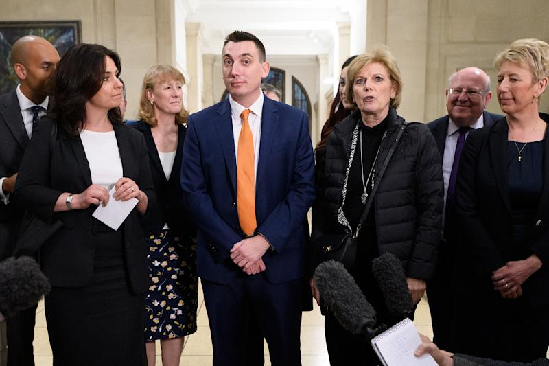 Former Labour and Conservative MPs Chuka Umunna (L), Heidi Allen (2L), Joan Ryan (3L), Gavin Shuker (C), Anna Soubry (3R), Mike Gapes (2R) and Angela Smith (R) of the independent group of MPs speak to journalists following their inaugural meeting in February: Getty Images
