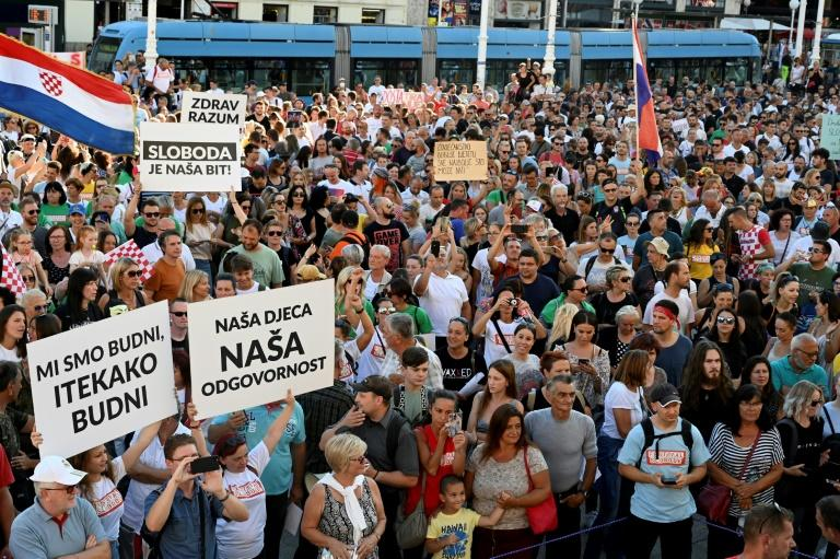 Thousands rally in Croatia against coronavirus measures