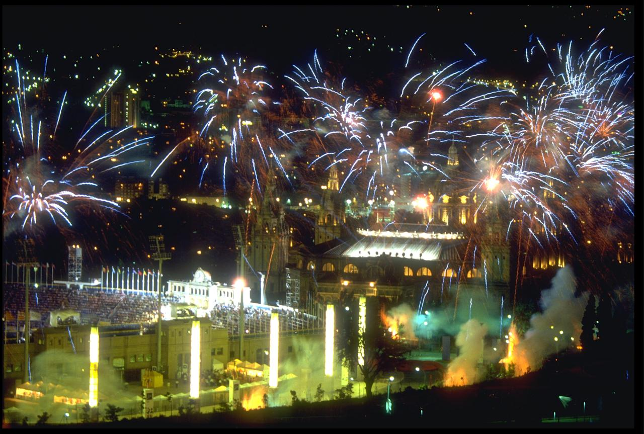 9 AUG 1992: A FIREWORKS DISPLAY IS SET OFF ABOVE THE OLYMPIC STADIUM DURING THE COLSING CEREMONY OF THE 1992 BARCELONA OLYMPICS.
