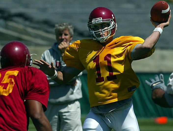 USC quarterback Matt Leinart passes during a scrimmage in the spring of 2003 at the Coliseum.