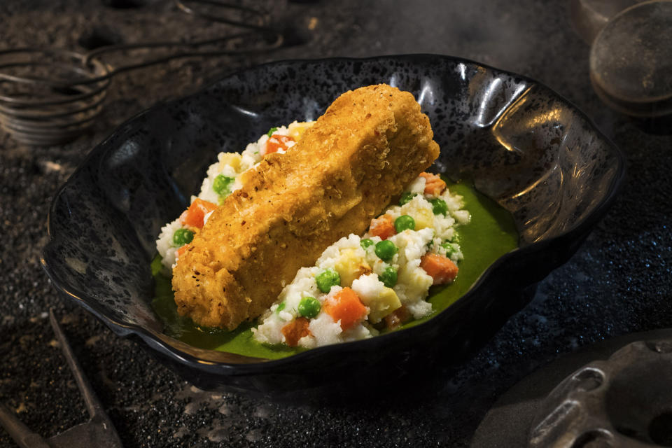 The Fried Endorian Tip-yip (named after a chicken-like bird that lives among the Ewoks) is a fried chicken dish with roasted vegetable mash and herb gravy, found at Docking Bay 7 Food and Cargo. (Photo: David Roark/Disney Parks)