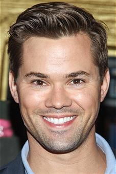 Andrew Rannells Returning To HBO's 'Girls', Poised To Become Regular In Season 4