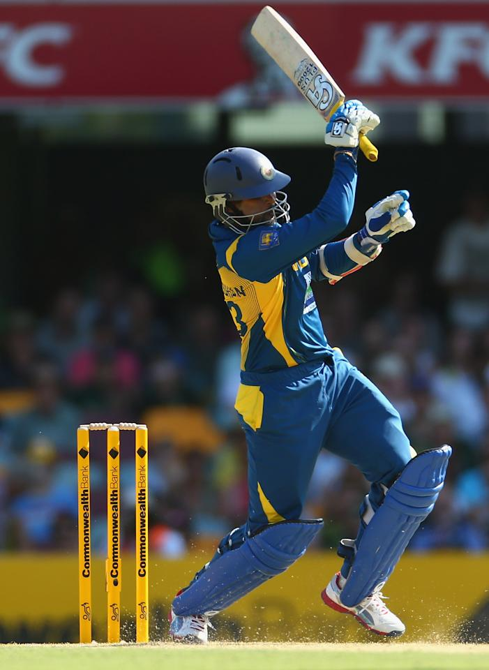 BRISBANE, AUSTRALIA - JANUARY 18:  Tillakaratne Dilshan of Sri Lanka bats during game three of the Commonwealth Bank One Day International Series between Australia and Sri Lanka at The Gabba on January 18, 2013 in Brisbane, Australia.  (Photo by Robert Cianflone/Getty Images)