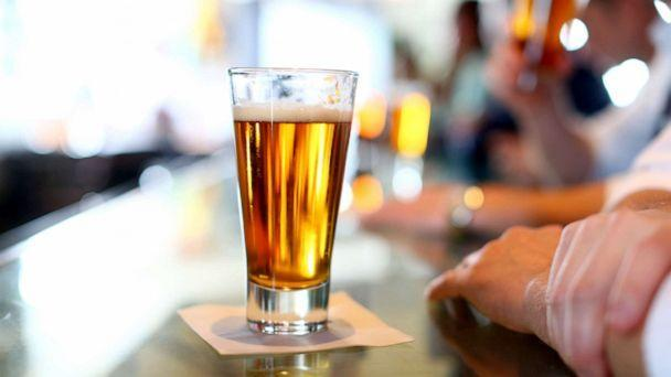 PHOTO: Beers are seen at a bar. (STOCK PHOTO/Getty Images)