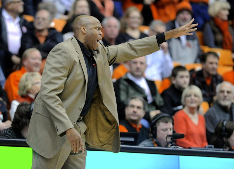 Craig Robinson fired by Oregon State