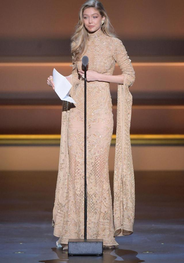 Earlier in the evening, Gigi made an emotional speech when accepting her Supernova Award. (Photo: Getty Images)