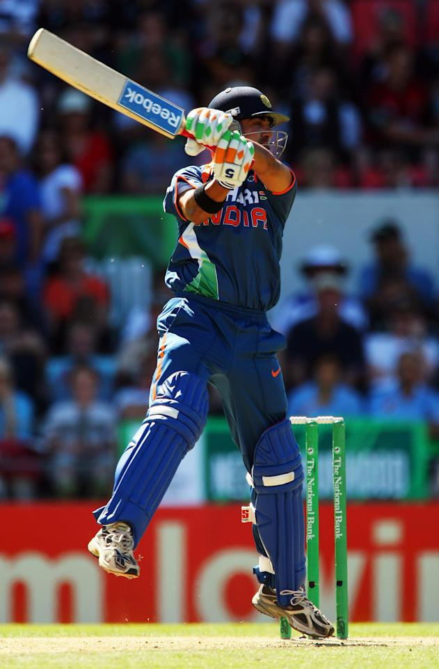 CHRISTCHURCH, NEW ZEALAND - MARCH 08:  Gautam Gambhir of India bats during the third One Day International match between the New Zealand Blacks Caps and India at AMI Stadium on March 8, 2009 in Christchurch, New Zealand.  (Photo by Phil Walter/Getty Images)