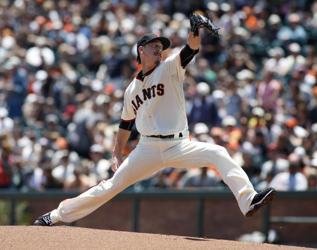 Tim Lincecum looks great and might be ready for a comeback. (AP Photo)