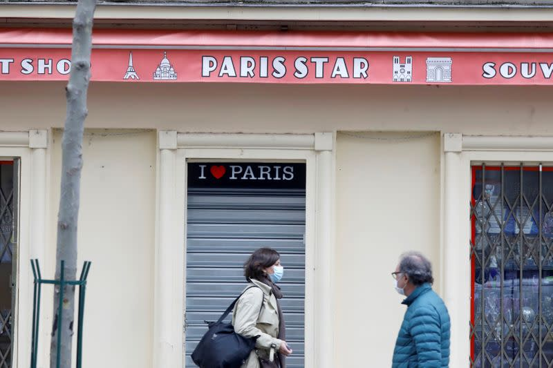 FILE PHOTO: Paris streets before the national lockdown