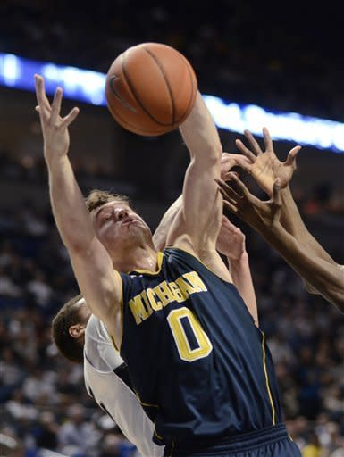 No. 13 Michigan beats Penn State 71-65