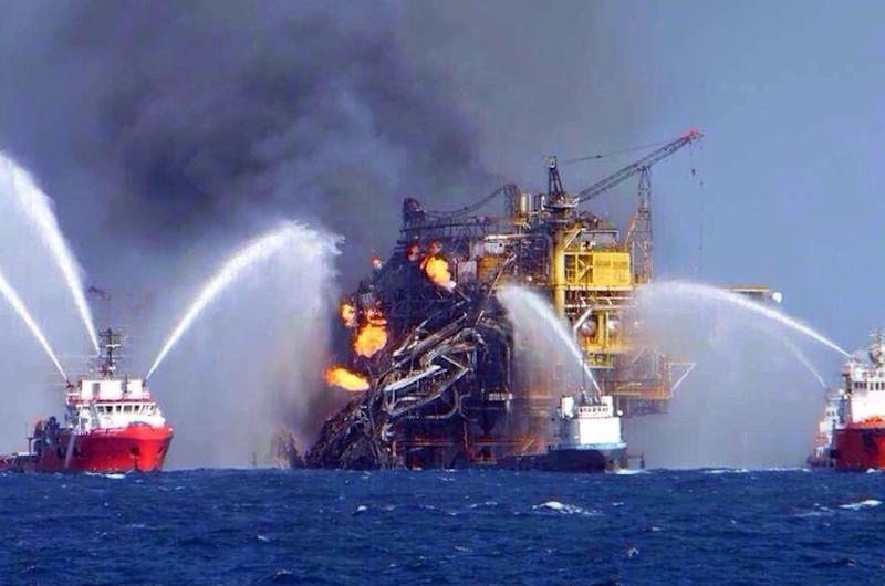 two dead in oil rig fire off coast of mexico
