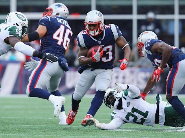 Look to the Patriots to feed Dion Lewis early and often (Getty)