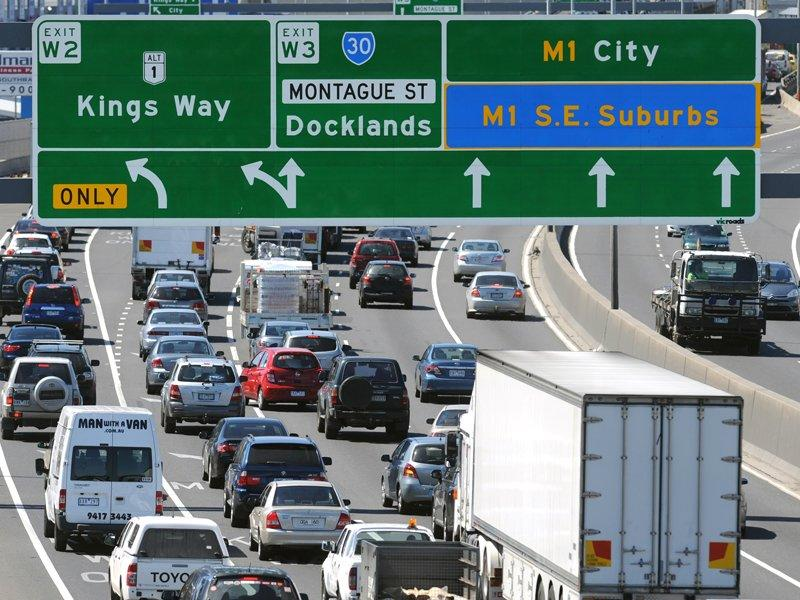 Transurban boosts road toll revenue