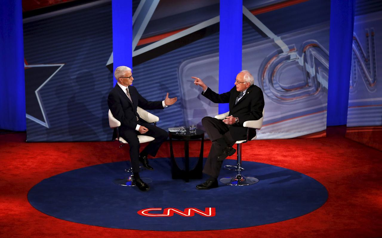 American journalist and CNN anchor Anderson Cooper moderates a CNN Democratic Town Hall with U.S. Democratic presidential candidate Bernie Sanders in Derry, New Hampshire