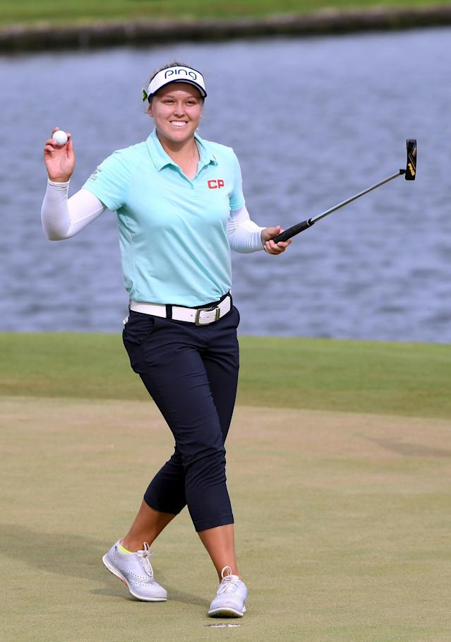 Brooke Henderson wins by four in Hawaii, marking her sixth career win. She held off the current World No. 1 and two former No. 1's.