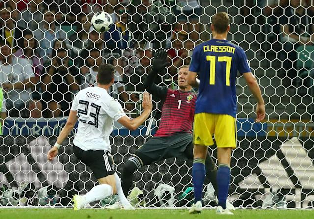 Soccer Football - World Cup - Group F - Germany vs Sweden - Fisht Stadium, Sochi, Russia - June 23, 2018 Germany's Mario Gomez in action with Sweden's Robin Olsen and Viktor Claesson REUTERS/Pilar Olivares