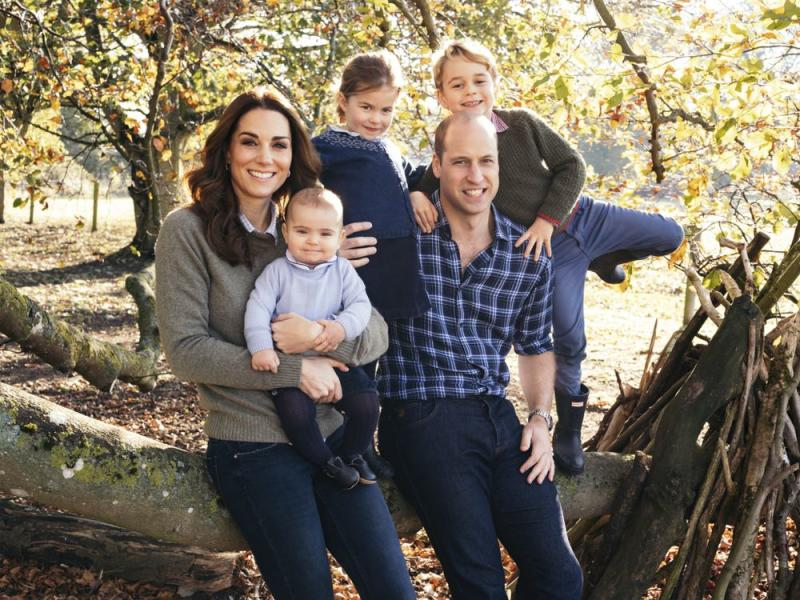 The Royal family Christmas card | Matt Porteous