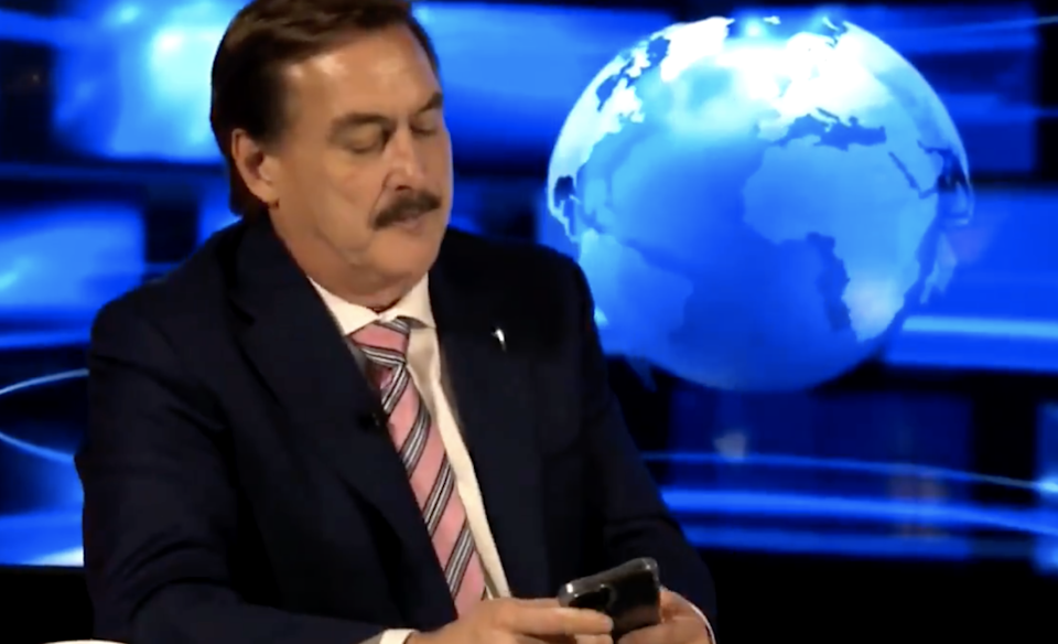 MyPillow CEO Mike Lindell hit by prank callers during livestream event for his social media platform launch. (frankspeech.com)