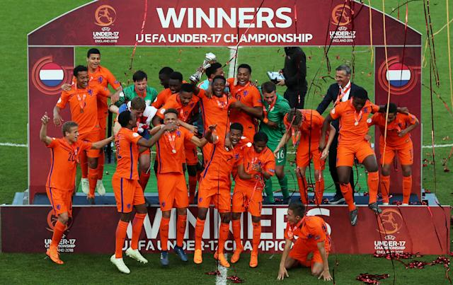 Soccer Football - UEFA European Under-17 Championship Final - Italy vs Netherlands - AESSEAL New York Stadium, Rotherham, Britain - May 20, 2018 Netherlands celebrate winning the final Action Images via Reuters/Lee Smith