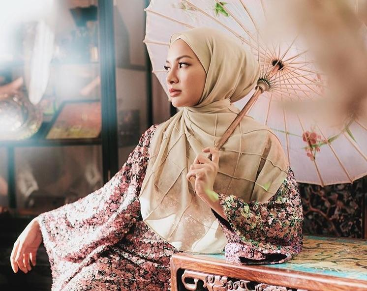 Neelofa, 30, will be attending the prestigious Monaco International Influencer Awards 2019 with some of the world's top influencers this October, after being nominated in the 'Entrepreneur' category. — Picture via Instagram/@neelofa