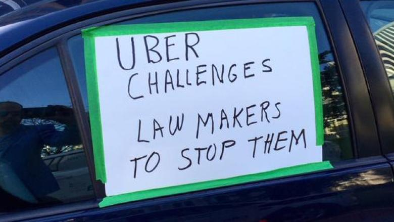 Taxi union goes to court over Ottawa's Uber bylaw