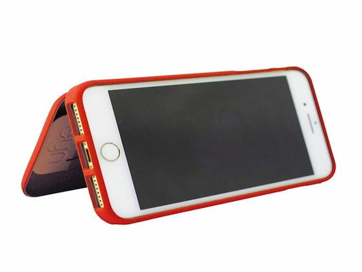 <p>Help a special friend combine all those back-pocket items in one convenient place (and avoid the tumble that occurs when one item gets pulled out) with the <span>Eyn iPhone Case</span> ($30).</p>