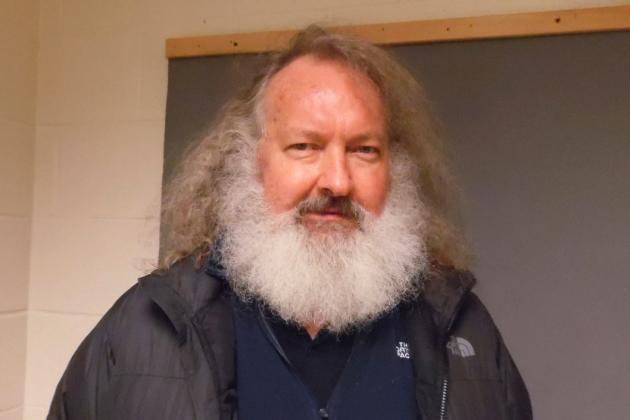 Trump Retweets Bizarre Randy Quaid Videos as Biden Prepares for Presidential Transition