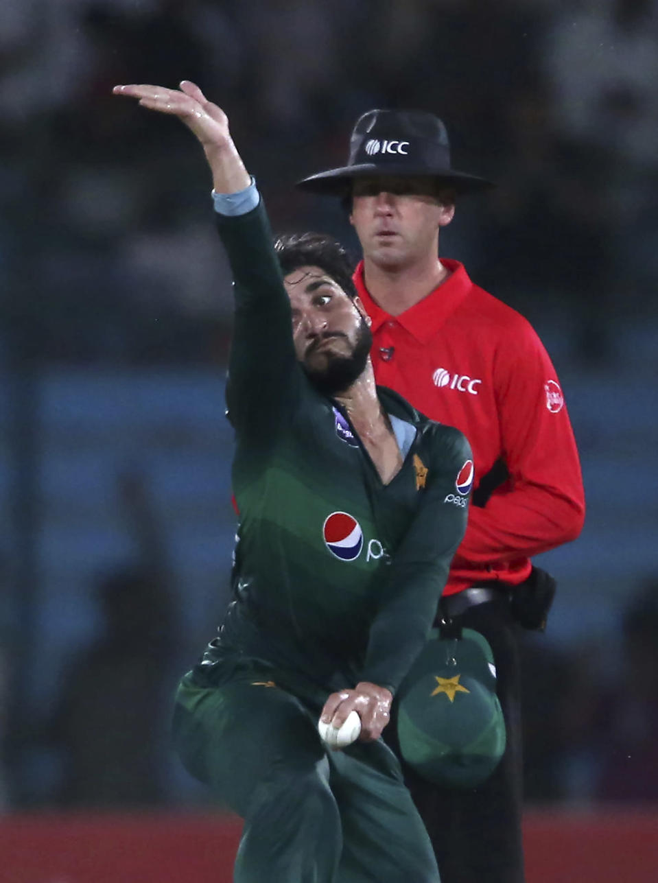 Pakistan's Usman Shinwari bowls to Sri Lankan batsman during the second one-day international in Karachi, Pakistan, Monday, Sept. 30, 2019. (AP Photo/Fareed Khan)