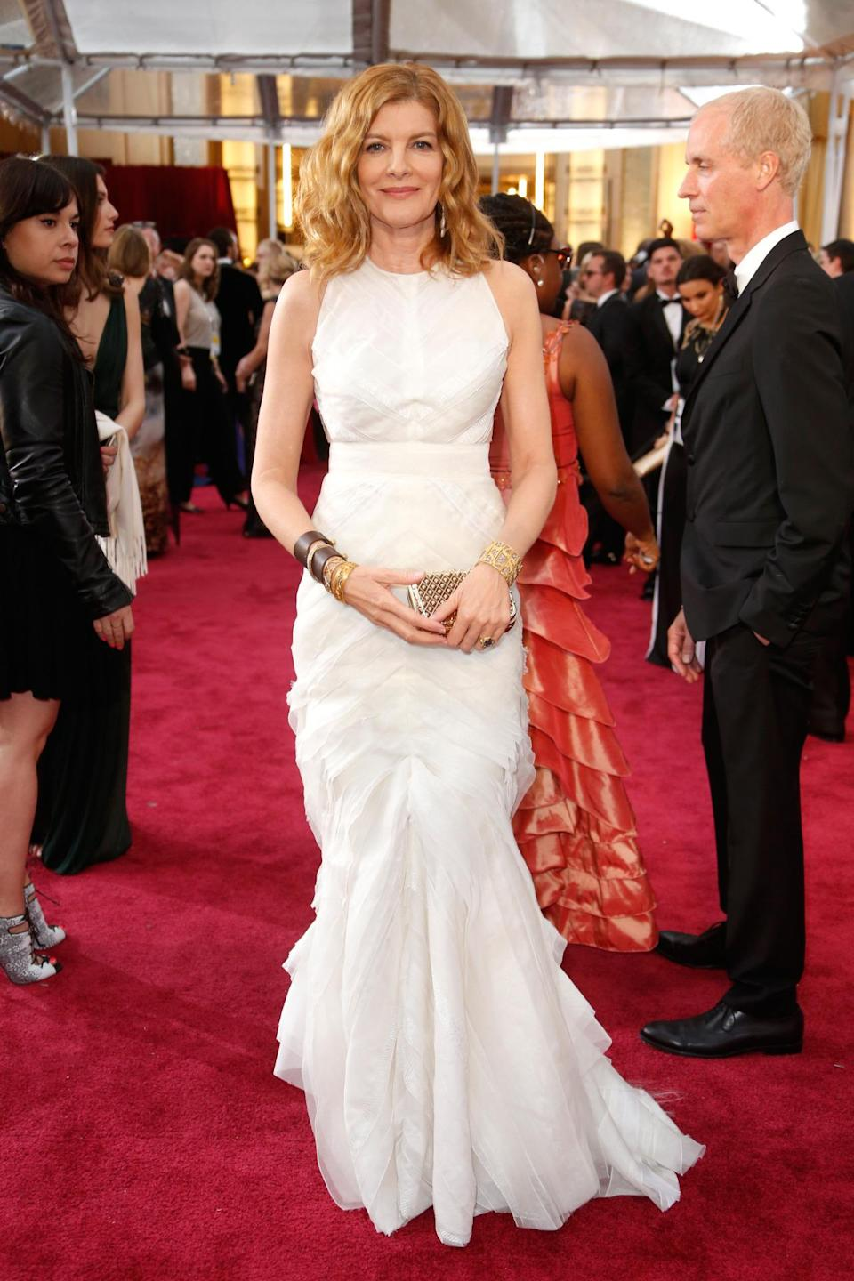 Rene Russo at the 87th Annual Academy Awards doesn't let her age determine her outfit choice. The actress looks young and fresh and nothing like her 61 years.